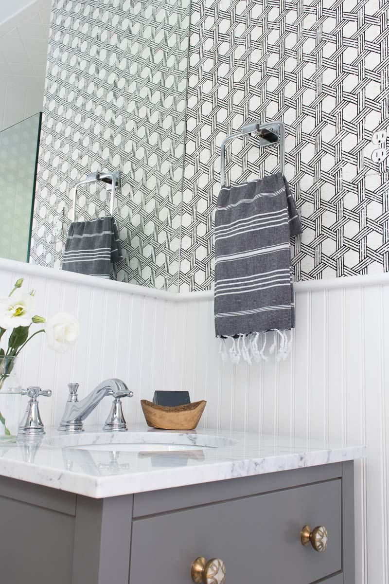 Splash Proof Vinyl Wallpapers On, Vinyl Bathroom Wallpaper